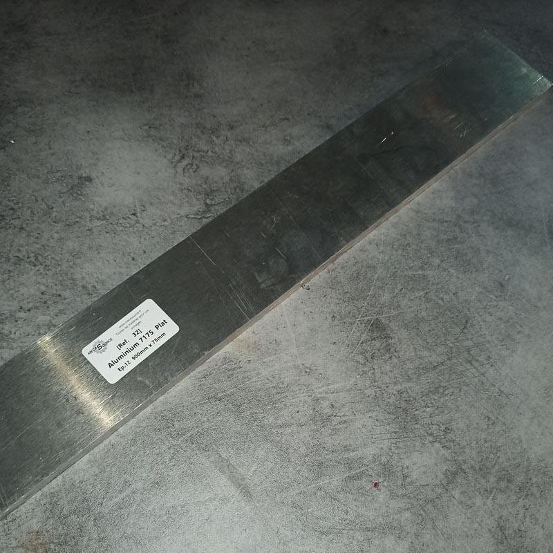Aluminium 7175 Ep.12 900 x 75mm