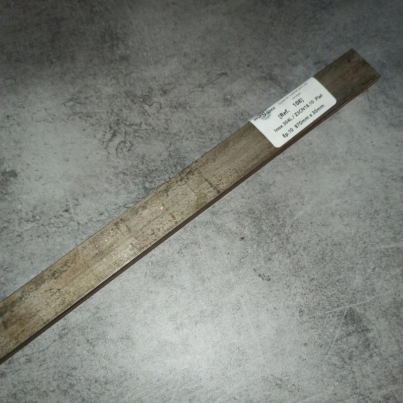 Inox 304L / Z3CN18.10 Ep.10 870 x 30mm